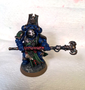 Raven Guard successor Space Marine Librarian